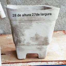 Vasos de cimento para planta
