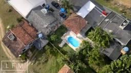 Galpão industrial + Casa a venda em Penha.