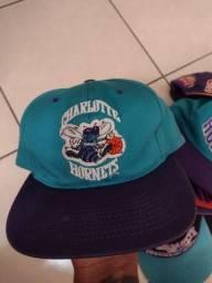 Boné Charlotte Hornets anos 90