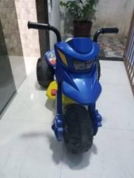 Triciclo eletrico