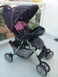 Carrinho de bebê reclinável menina