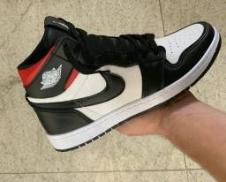 Título do anúncio: Botinha Nike Jordan Retrô