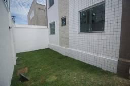 Título do anúncio: Excelente área privativa no Bairro Piratininga, Belo Horizonte, Oportunidade.