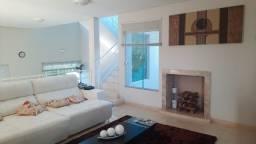 Título do anúncio: Casa de condomínio sobrado para venda possui 200 metros quadrados com 3 quartos
