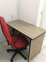 Título do anúncio: mesa de escritorio com cadeira