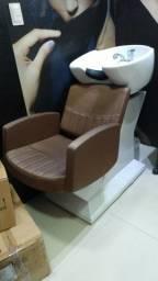 Lavatório , cadeira mais carrinho auxiliar