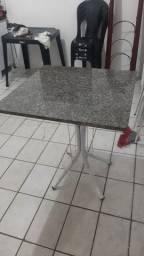 Mesa de marmore
