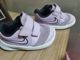 Tênis  Nike menina 17.5