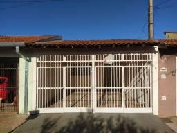 Aluga-se Casa Pq. São Sebastião