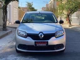 Renault Sandero Authentique 1.0 2016