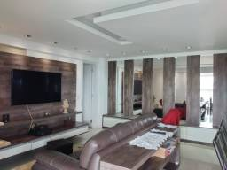 Apartamento 3 quartos e 2 vagas para aluguel no Cristo Rei em Curitiba