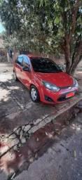 Vendo Ford Fiesta Hatch 1.0