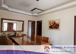 Título do anúncio: Casa à venda, região central de Araxá.