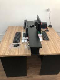 vendo 3 mesas de escritório e home office com até 3 gavetas.