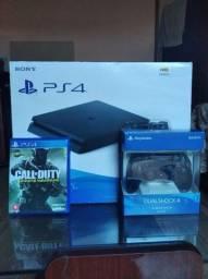 PS4 Slim semi novo na caixa + 1 jogo, com controle novo na caixa e nota fiscal