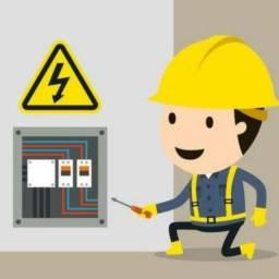 Serviço eletrônico. Eletricista manutenção
