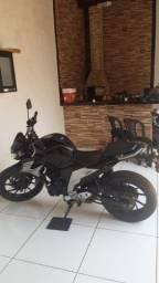 Título do anúncio: Yamaha Fazer FZ25 250cc Segundo dono Consórcio Leia