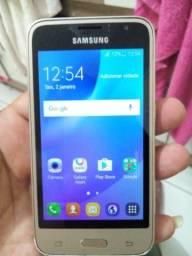 Galaxy j1 2016 duos por 200 reais.