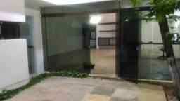 Alugo para Particular 1900 reais e para fins Comercias 2650 reais Tel. 98711 0946
