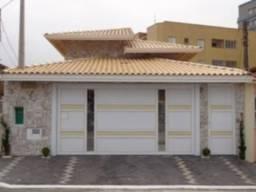 Título do anúncio: Casa na vila caiçara, a poucos metros da praia,preço promocional.ROB