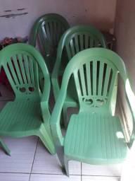 Vendo conjunto de cadeira nova zerada por 130.00
