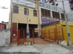 Casa com 2 dormitórios para alugar, 170 m² por R$ 1.300,00 - Centro - Sorocaba/SP