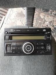 Rádio original nissan