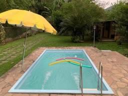Belissima casa de 2 qts com piscina e sauna na Banqueta, terreno 990 m2