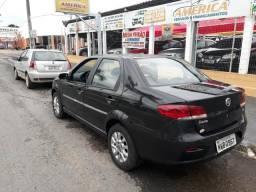 Fiat Siena 2011 1.4 completo conservado - 2011