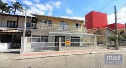 Vende-se casa em Itajaí