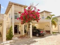 Belíssima Casa Duplex em condomínio no Eusébio com 208m². CA0731