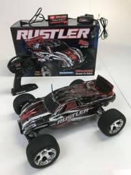 Vendo carro RC Traxxas Rustler Escala 1 10 com apenas 20 dias de uso! e46e589762
