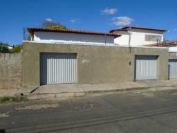 Casa Residencial para aluguel, 4 quartos, 3 vagas, Centro - Teresina/PI