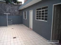 Casa com 1 dormitório para alugar, 40 m² por R$ 750,00/mês - Parque Pinheiros - Taboão da