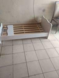 Vendo cama infantil conservada 80 reais *