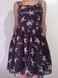 Vestido preto com estampa estrelas