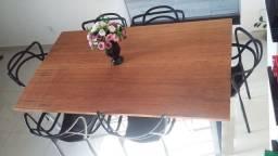 Mesa em madeira e Ferro