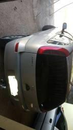 Vendo corsa Max 1.8 Flex ANO 2005 pego moto