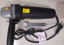 Lixadeira Esmerilhadeira Hammer EM-710 preta 110V