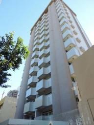 Apartamento semi-mobiliado no Centro - 01 suite + 02 qtos