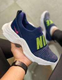 Título do anúncio: Tênis Nike Sport Femme