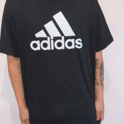 Camiseta Adidas Essentials