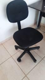 Título do anúncio: Vende se cadeira rotativa