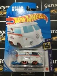 Hot Wheels Kool Kombi Hello Kitty