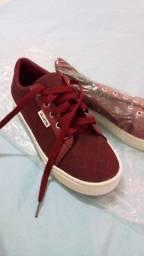 Sapato unissex Novo R$30,00