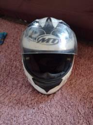 Vendo capacete original MT