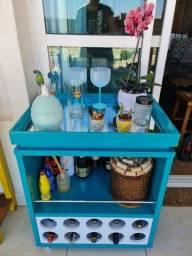 Barzinho em laca na cor azul turquesa