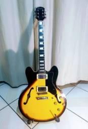 Guitarra Semi Acústica c/ Case