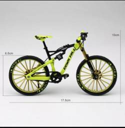 Bike ,miniatura downhill,