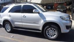 Título do anúncio: Toyota Hilux SW4 SRV 4x4 Aut Diesel 2012 Prata